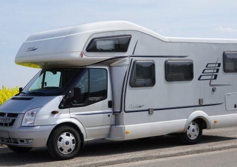 De 2 leukste campings in Nederland waar je campers en caravans kan huren