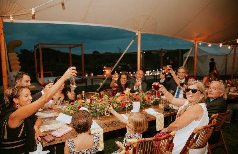 De 4 voordelen van het huren van een partytent