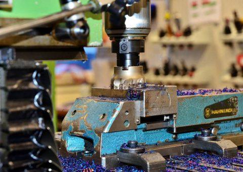 Waar moet je op letten bij het huren van een CNC machine?